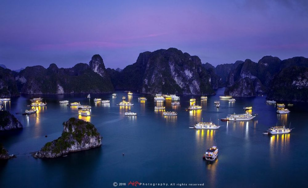 Ha Long tourism by yacht
