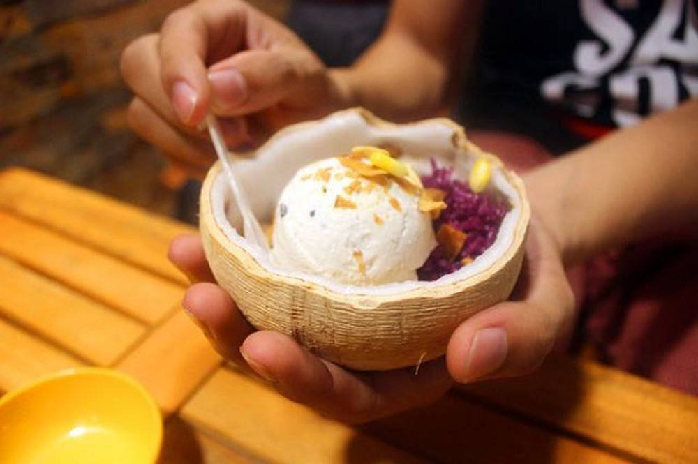 5-BEST-CULINARY-STREETS-IN-SAIGON2