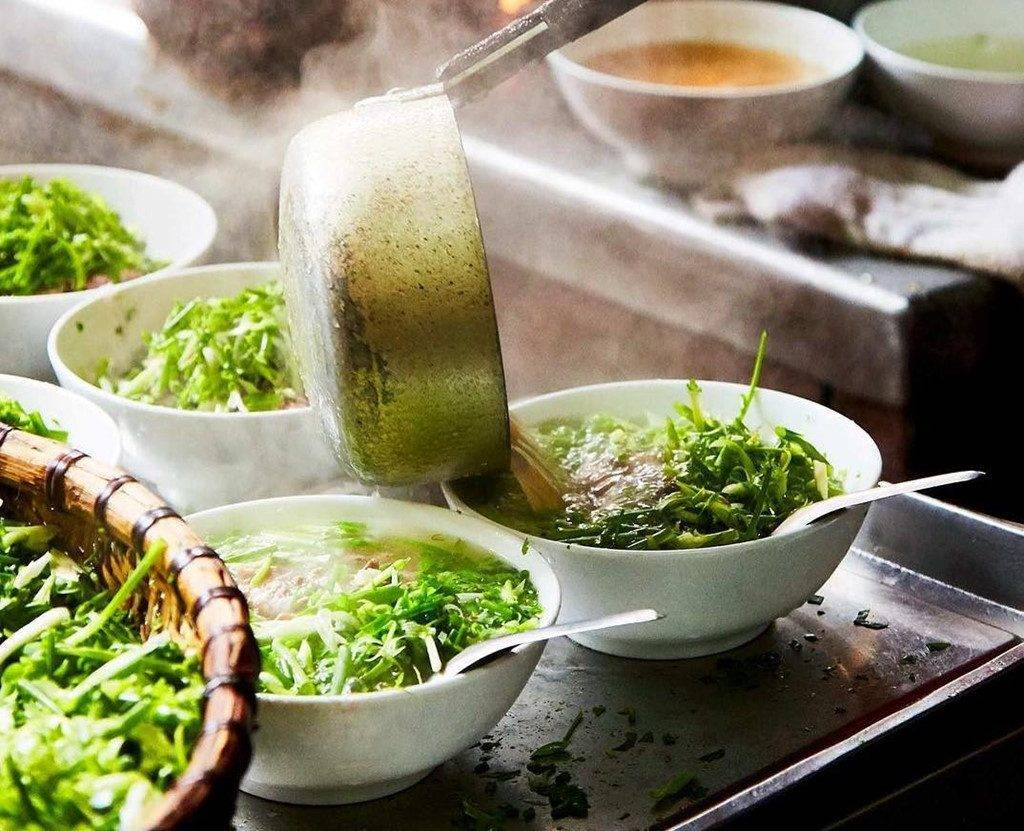 7-PLACES-TO-EAT-PHO-IN-HANOI08