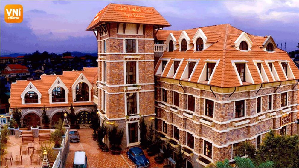 TOP QUALITY HOTELS UNDER 9$ IN DA LAT