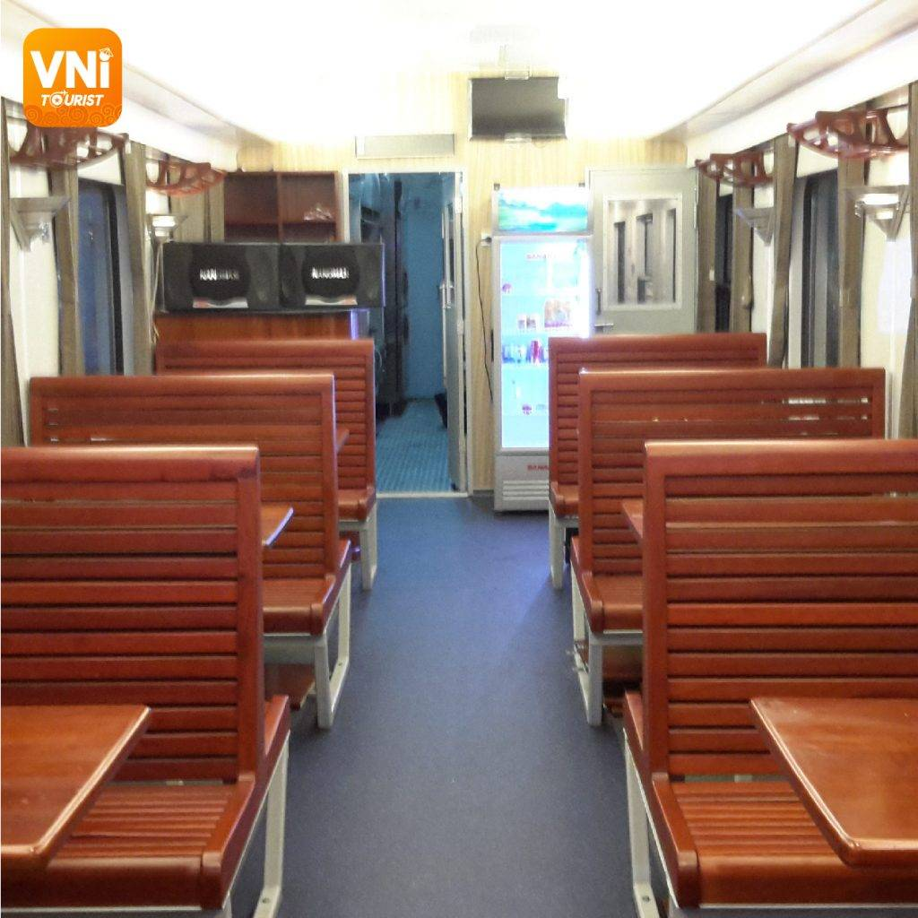 Experiences-for-traveling-by-train-in-Vietnam-54