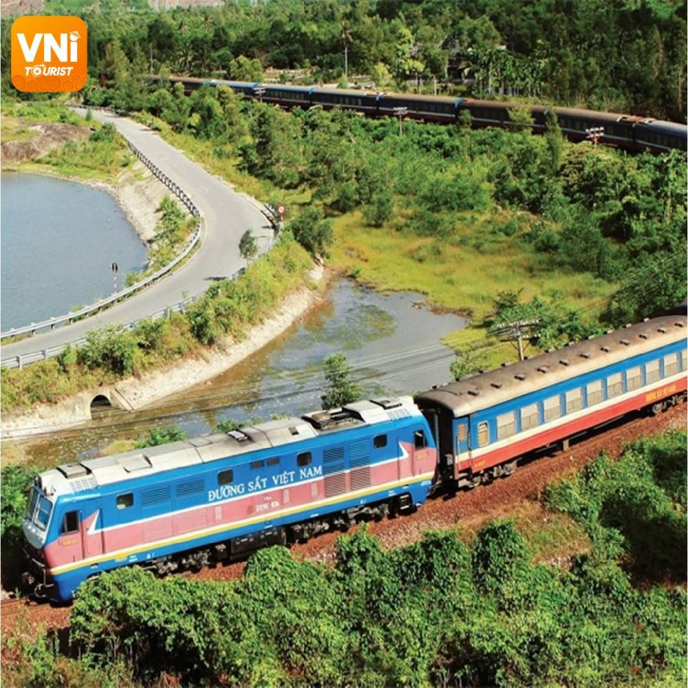 Experiences-for-traveling-by-train-in-Vietnam-4