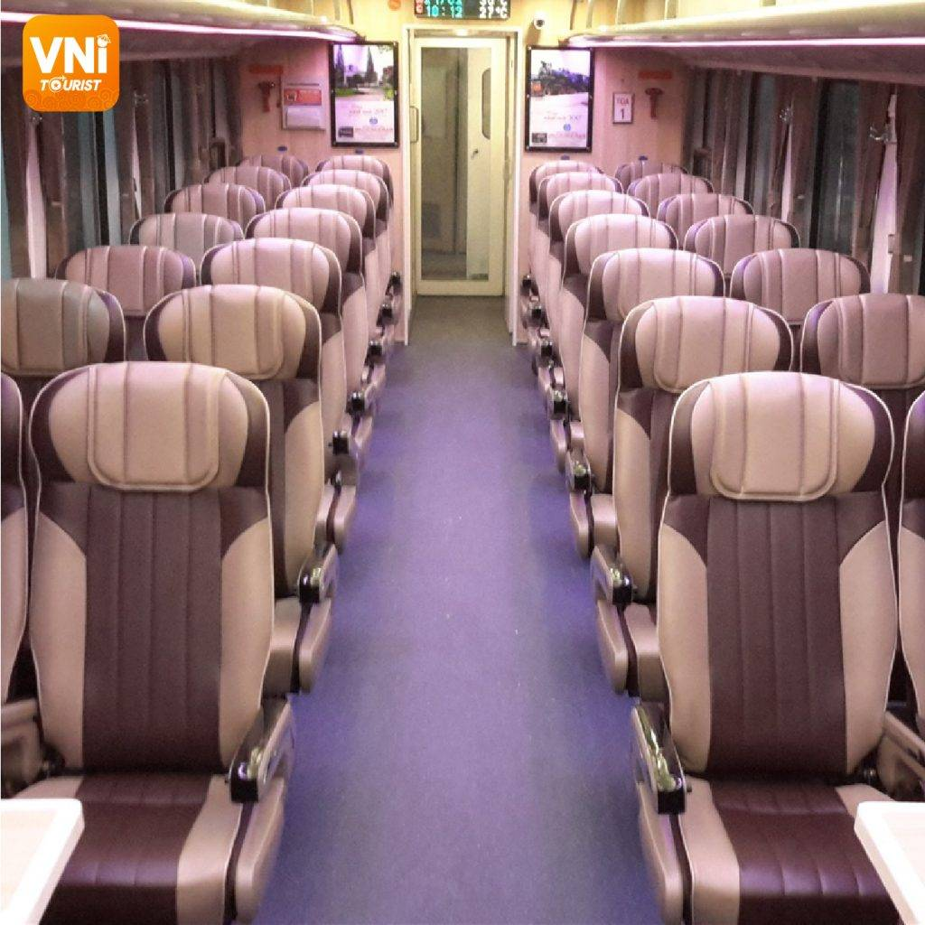 Experiences-for-traveling-by-train-in-Vietnam-11