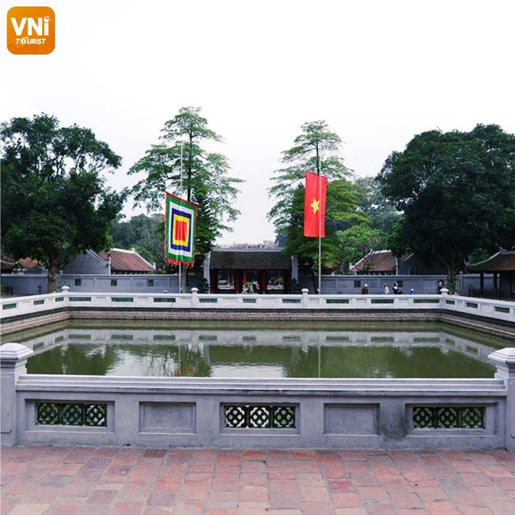 TEMPLE-OF-LITERATURE-&-NATIONAL-UNIVERSITY-02