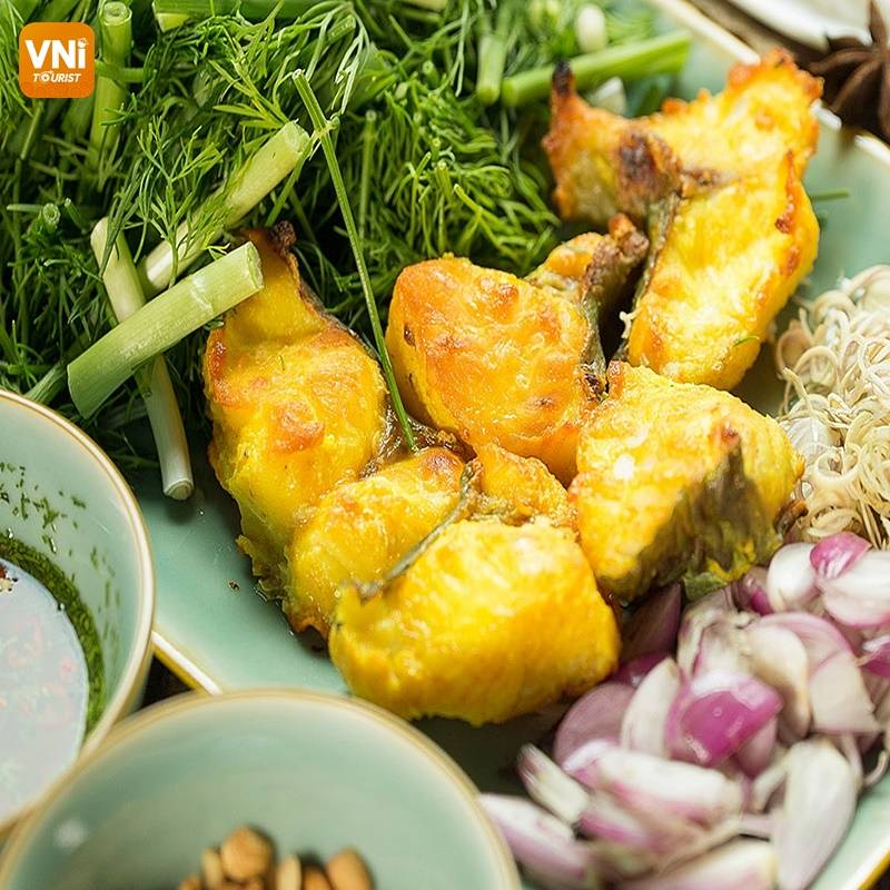 THE FRAGRANT LA VONG GRILLED FISH IN HANOI CAPITAL