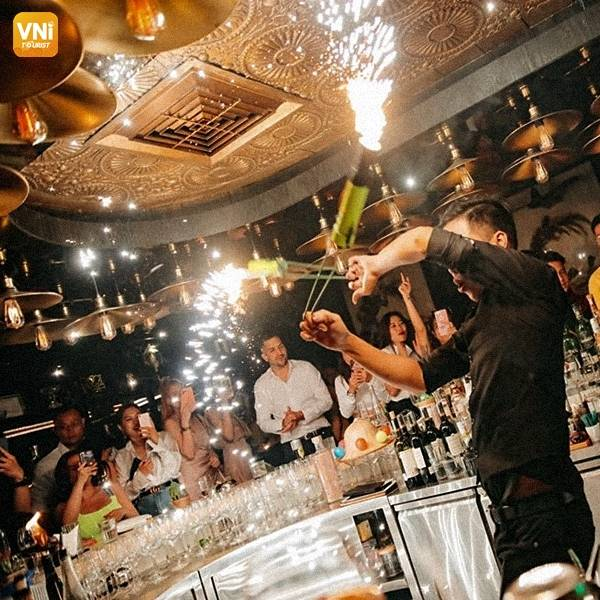 SAIGON NIGHTLIFE: TOP MUST-VISIT BARS AND PUBS AROUND THE CITY-3