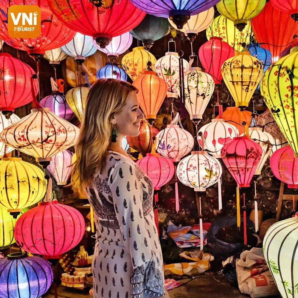 hoi an lantern festival, vietnam