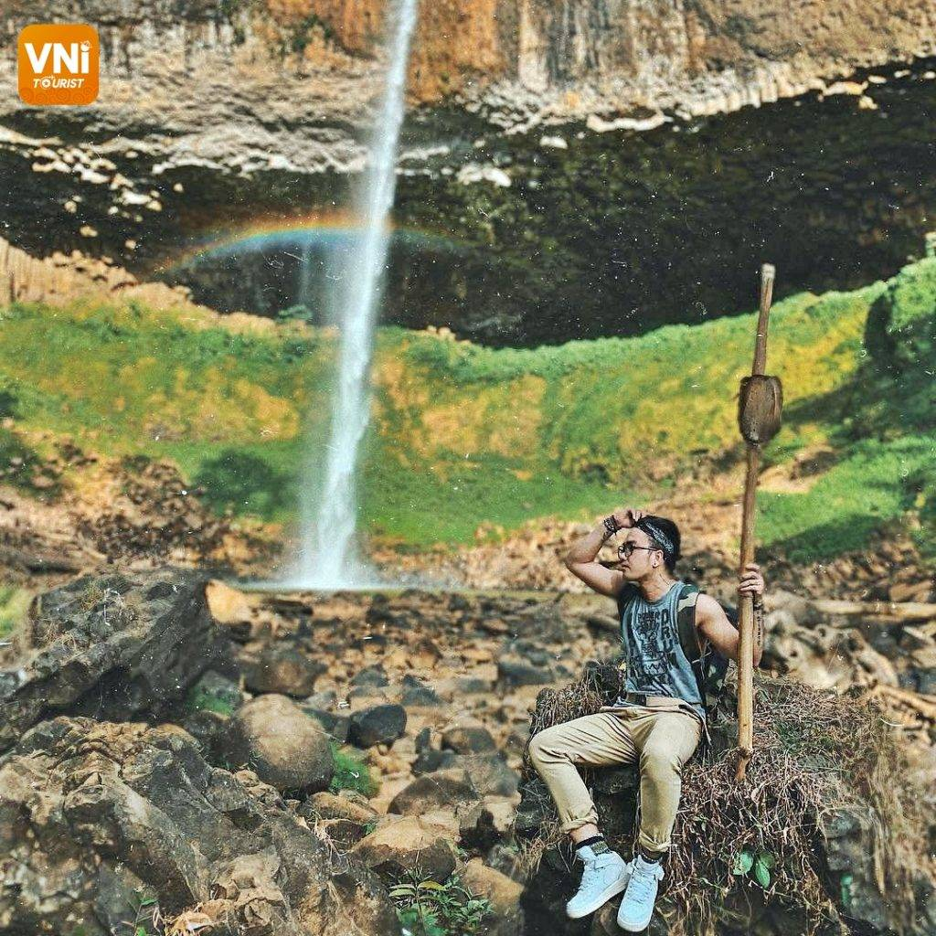 THE ATTRACTIVE WATERFALL IN TAY NGUYEN- LIENG NUNG WATERFALL-3