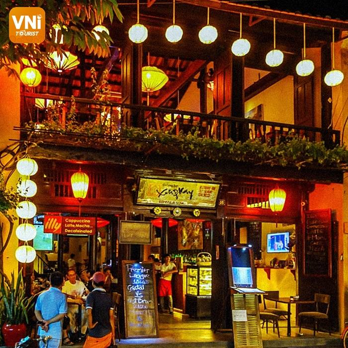 HOI AN NIGHTLIFE:THE FINEST BARS AND PUBS-5