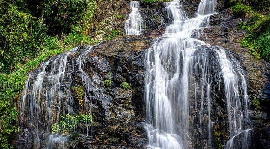 Thac Bac, the towering waterfall amidst mountainside and world-famed terraces of Sapa