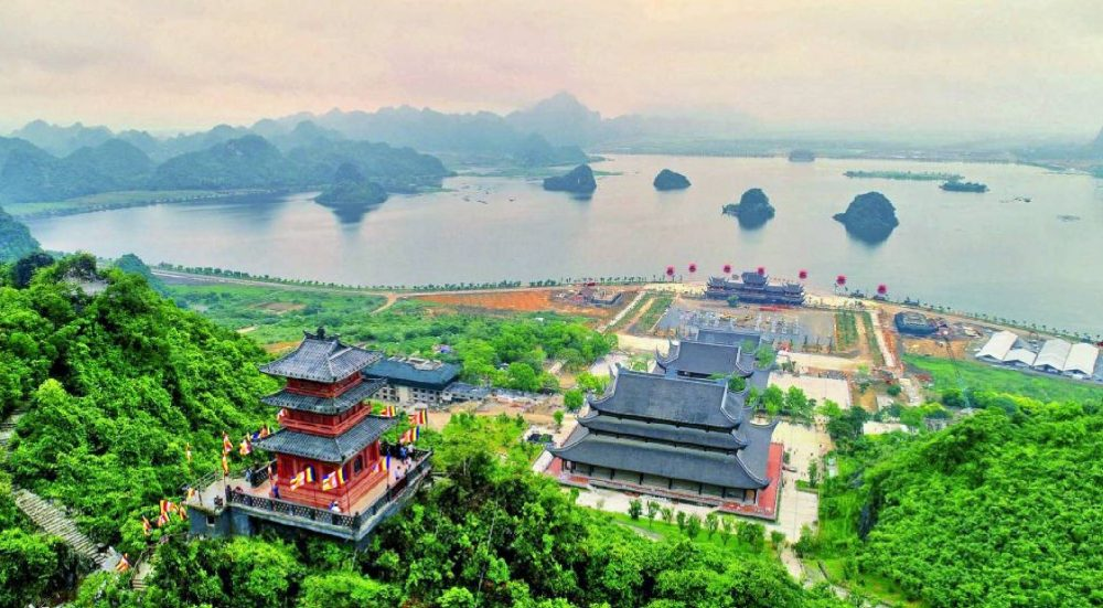Tam Chuc Pagoda – The largest pagoda in the world