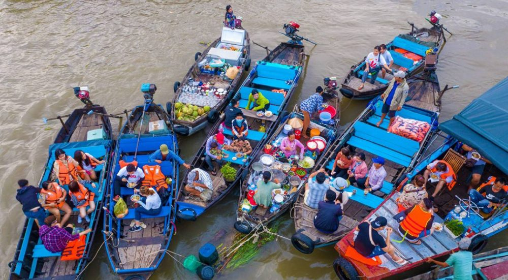 Cai Rang floating market, a lively water commerce spot through generations